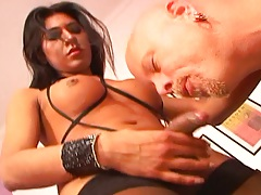 Transsexual blowjob from Florencia