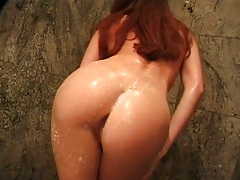 Nice wet ass Reyna Summers in the shower and then goes to bed
