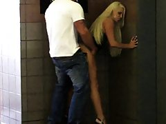 Blonde slut banged up her skirt near elevator